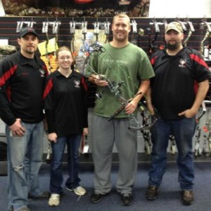 Ben_Roethlisberger_Steelers_Archers_Edge_Bowtech-1
